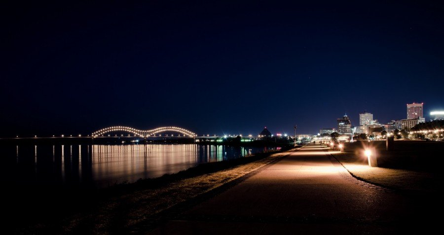 Walkin in Memphis William Woodward